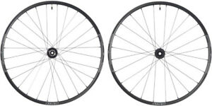 Stan's No Tubes Grail CB7 Pro Wheelset: 700c Carbon, 15 x 100mm Front, 12 x 142m