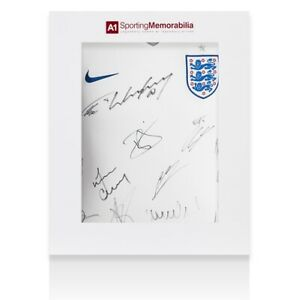 Official England 201617 Squad Signed Home Shirt - Gift Box Autograph Jersey