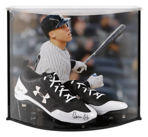 AARON JUDGE Autographed Yankees Under Armour Cleat Curve Display FANATICS