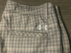 UNDER ARMOUR Flat Front Golf Shorts Mens 36 Gray Plaid Match Play