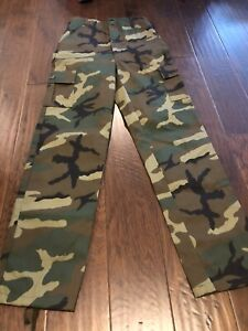 Boys Camo Pants Size 20 $16.99