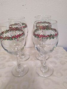 Set Of 4 Christmas Wine Glasses