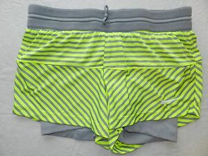 Womens shorts NIKE size SMALL compression shorts under loose Dri Fit ba60 $18.00