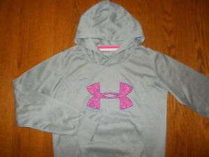 UNDER ARMOUR COLD GEAR GRAY SEMI FITTED HOODED SWEATSHIRT WOMENS SMALL EXCELL. $3.75