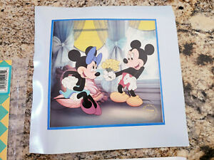 1994 Disney's Treasures Lithograph Mickey & Minnie Applause Dealer Exclusive  $6.99