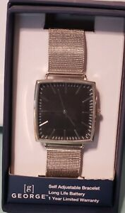 MENS self adjustable square wrist watch silver New in box $10.00