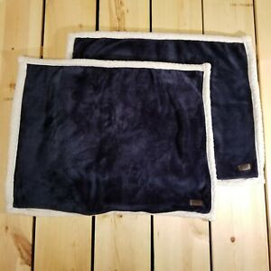 UGG Standard Queen Pillowcase navy blue and white Set of two $14.27