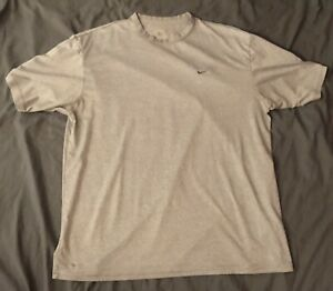 Nike Fit Dry Gray Shirt Men Size Large $12.95