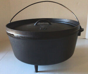 LODGE 14quot; CAMPING CAST IRON POT 3 LEG DISCONTINUED FROM BACKYARD TO BACKWOODS