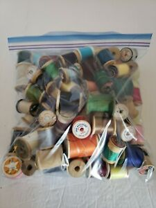 Vintage Lot of Assorted Thread Sewing Wooden Mostly Spools Crafts $29.99