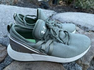 under armour shoes womens Size 7.5M 38.5 Green ECU $24.99