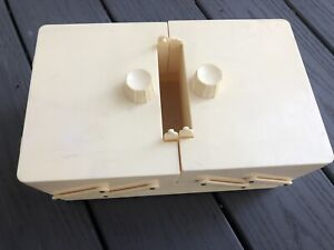 Vintage Traum Sewing BoxCaddyEarly PlasticAccordian Fold out Organizer USA $12.00