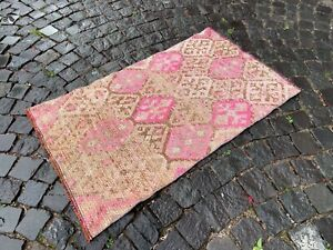 Vintage from the 1960s % 100 wool Turkish rug Bohemian rug 23 x 39 ft