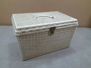 Vtg Wil Hold Plastic Sewing Box w 2 Trays Wilson Mfg Basket Weave White amp; Gold $34.95
