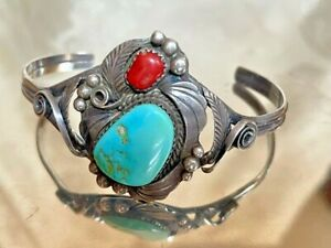 NATIVE AMERICAN ARTIST SIGNED 925 STERLING SILVER TURQUOISE COLRAL BRACELET $80.00