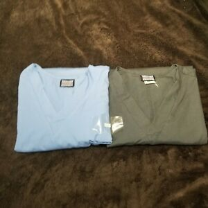 Cherokee Scrubs Lot of 2 Men#x27;s Luxe V Neck Top Blue and Black Size Large