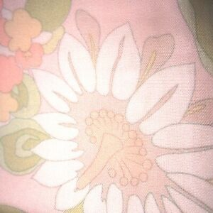 85cm x 93cm Pink All Over Floral Vintage Cotton Wool Sewing Fabric1960s Retro AU $19.00