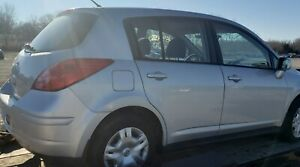 SILVER right front door from 2010 NISSAN VERSA S hatchback local pickup $84.15