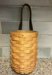 Longaberger Small Gatehouse Basket And Protector $19.00