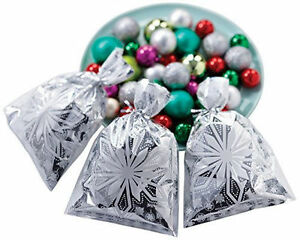 Snowflake Foil Christmas Holiday Treat Bags 8 ct from Wilton 3292 NEW $6.49