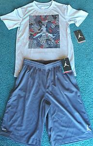 NWT Nike Air Jordan Youth Boys XL GrayBlackRed Dri-Fit Shorts Set XL