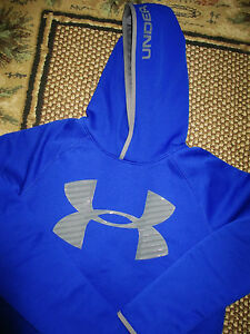 Boys Under Armour NWT Hoodie size Youth  XL 1820 Fleece Highlight Big Logo