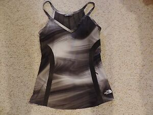NWT THE NORTH FACE Women RIO Active Fit Yoga Tank Top Dry & Protect GRAY BLACK M