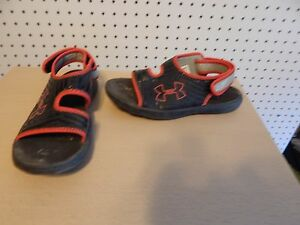 Youth boys Under Armour sandals - red and black - size 3Y - 1243723-003