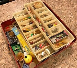 OLD LIBERTY METAL TACKLE BOX FULL VINTAGE FISHING LURES SPINNERS PLUGS BAIT GEAR