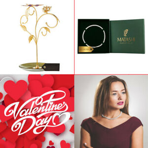 24k Gold Plated Elegant Jewelry Stand w 16
