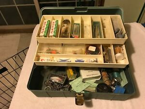 vintage loaded Tackle Box with Lures Weights line FLATFISH THINFIN RAPALA etc !!