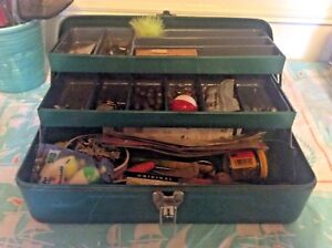 VTG Metal Tackle Box chest Green Retro Fishing Hinged full lures lock and key