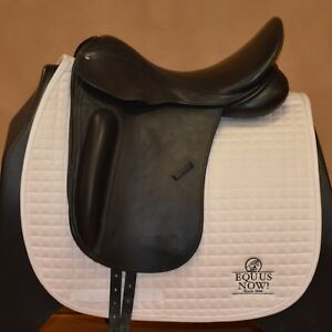 USED COUNTY PERFECTION DRESSAGE SADDLE - WIDE TREE -SZ 17.5- SHORT FLAP #103614