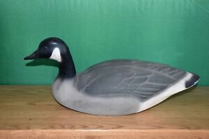 UNUSED ORIGINAL HERTER'S VINTAGE CANADIAN GOOSE DUCK DECOY  ORIGINAL OWNER  LN