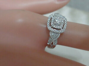 ELEGANT DIAMOND RING W SPARKLY DIAMONDS 10KT WHITE GOLD  SIZE 7.5