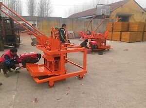 Diesel Power Movable Concrete Blocks Making Machine with 3
