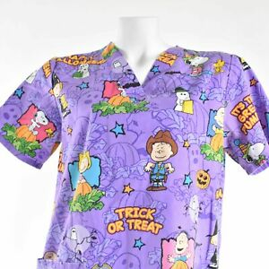 Peanuts Halloween It's The Great Pumpkin Trick Or Treat Small Purple Scrub Top
