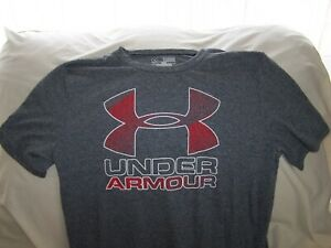 Boys Under Armour Gray TEXTURED BIG LOGO Short Sleeve Shirt XLarge LOOSE FIT