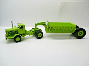 :Dan Models Romania Euclid R 22 Tractor with Side Dump 1:50 Scale Resin
