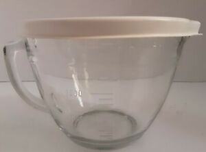 Pampered Chef 2quart/8cup Clear Measuring Cup Mixing Bowl With Lid