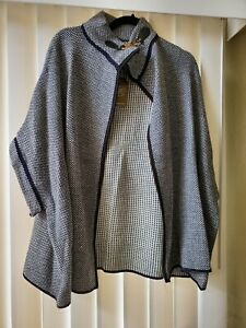 Blue White Tweed Style Riding Cape Womens Gold Buckle Closure One Size Janice