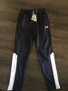 Boys Navy Under Armour Athletic Pants Size YLG $19.00