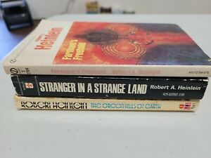 Lot 3 Vintage Robert Heinlein Stranger in a Strange Land $9.99