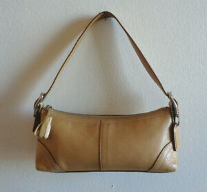 Coach Camel Brown East West Leather Hobo Bag M05S 8A64