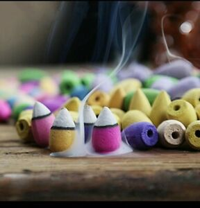 Mixed Flavor Waterfall Smoke Backflow Incense Cone With 20 Pcs Incense cone