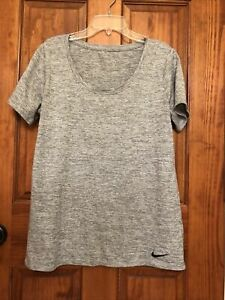 nike dry fit shirt medium $5.00