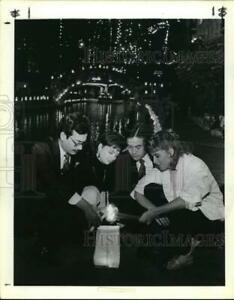 1986 Press Photo Lighting of Fiesta de Las Luminarias at La Mansion Texas