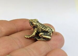 Brass Frog Small Collectible Animal Figurine