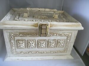 Vintage White Wood Tone Max Klein Sewing Box Plastic Faux Wood With Tray $20.00