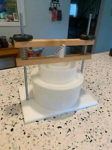 Deluxe Cheese Press Cheesemaking 3Kg Size Mould Capacity 50Lbs Pressure